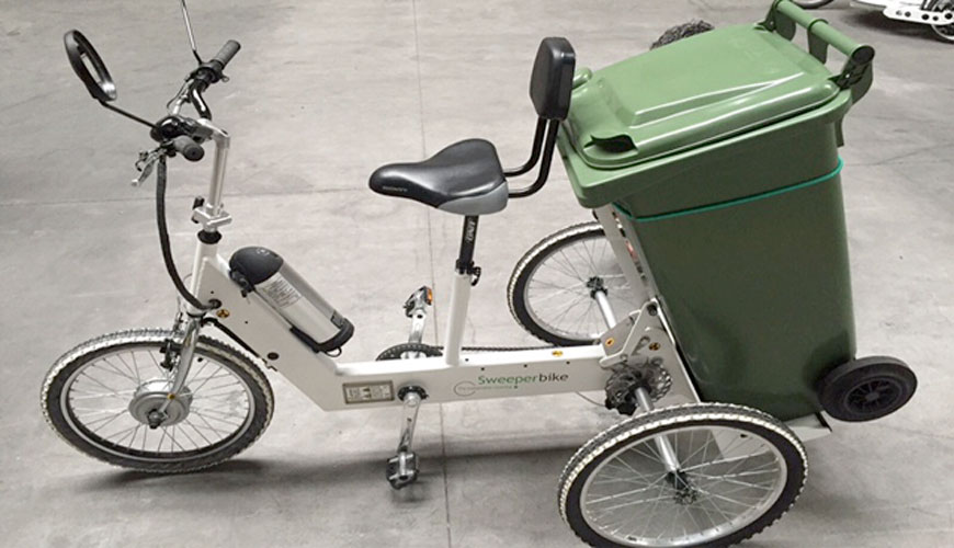 SB50P Electric tricycle, pedal and battery powered